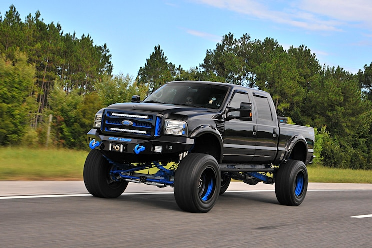 Knockout: A Black 'n Blue 2002 Ford F-250 7.3L