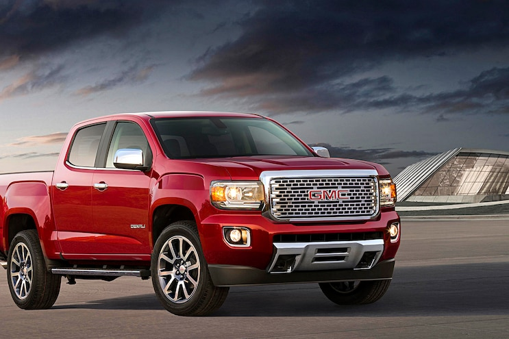 7 2017 Gmc Canyon Denali Front Passenger Side