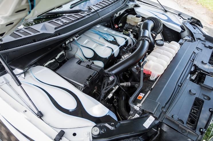 Phat Ford F150 Engine Bay
