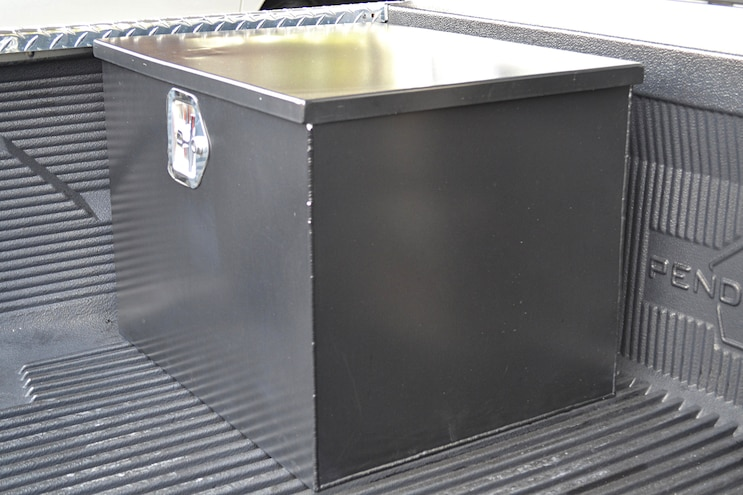 013 2001 Dodge BOX
