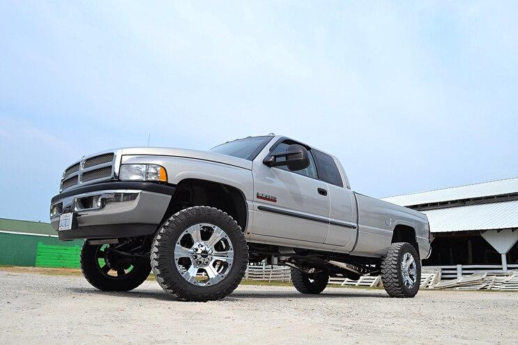 2001 Dodge Side Front