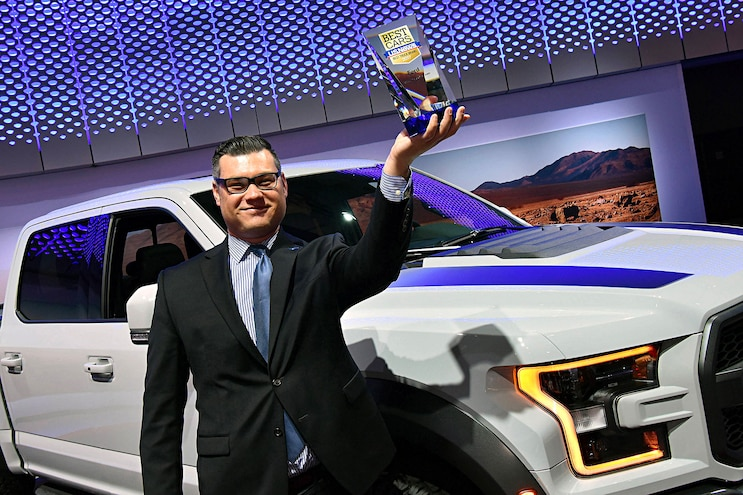 Auto News 8 Lug Work Truck Ford F Series Motor Trend Sema Hottest Award Us News And World Report Truck Of The Year Winner