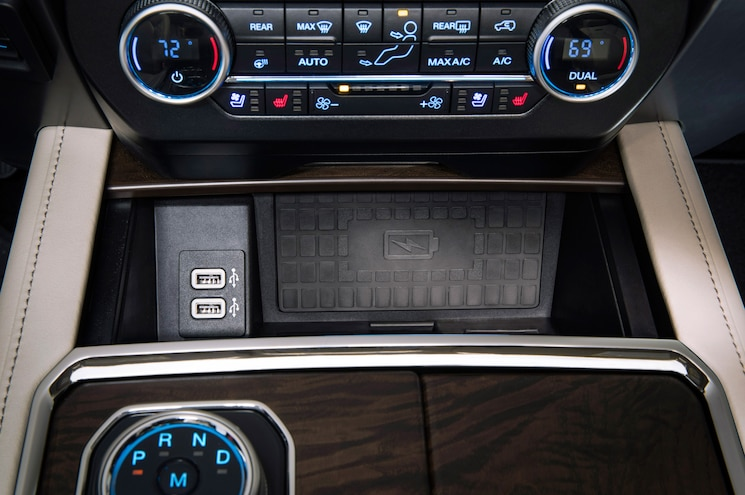 2018 Ford Expedition Interior Charging Pad