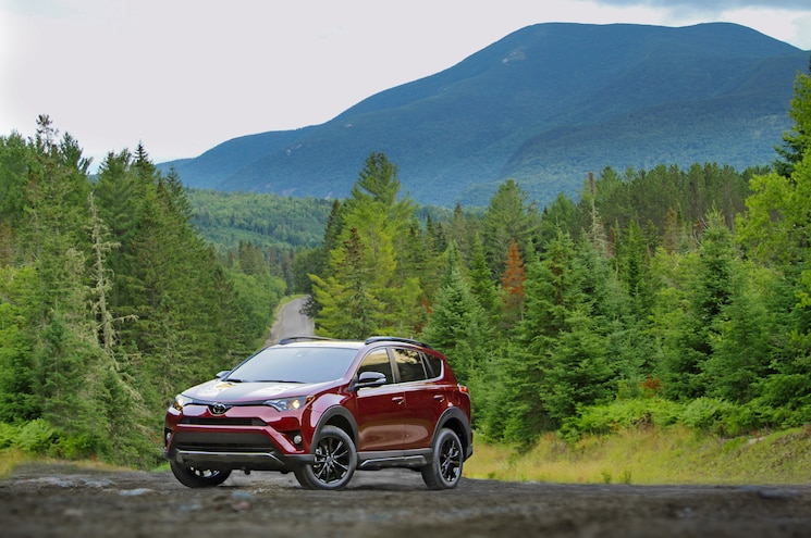 2018 Toyota Rav4 Adventure Exterior Front Quarter 01