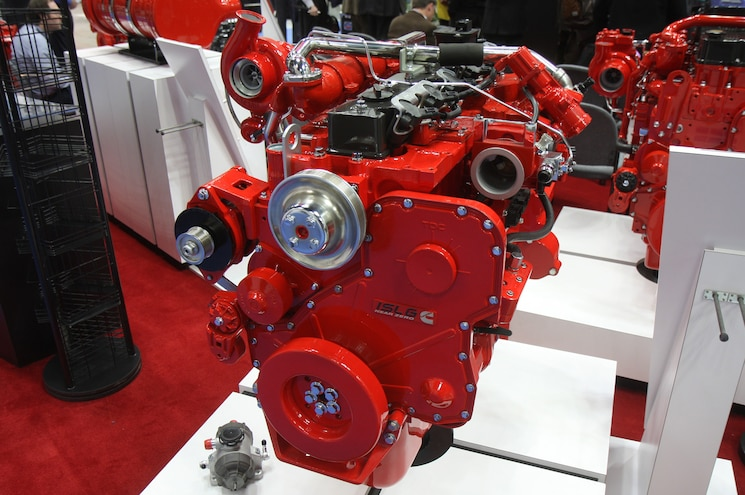 Cummins Announces Near Zero Emissions Natural Gas Engine at 2017 Work Truck Show
