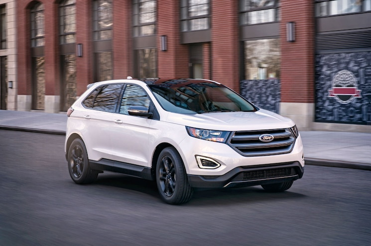 2018 Ford Edge Sel Sport Appearance Package Exterior Front Quarter 01