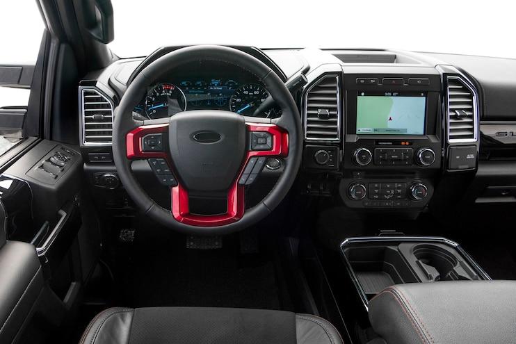 2017 Ford F350 Dualie 005