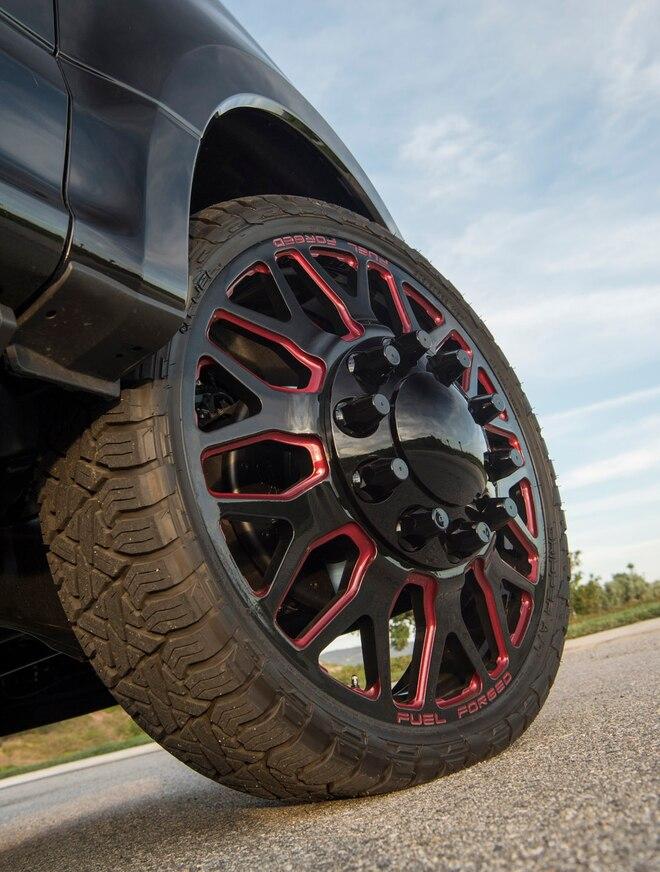 2017 Ford F350 Dualie Wheel