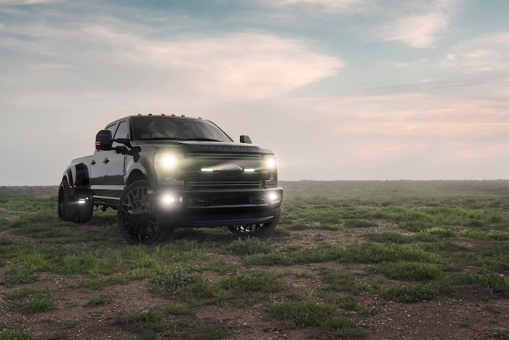 2017 Ford F-350 Dualie on 28s