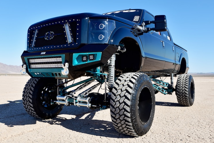 OCD: 2016 Ford F-250 Features Stryker Off Road Design Suspension