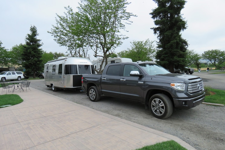 Airstream Sport 22FB And 2017 Toyota Tundra 003