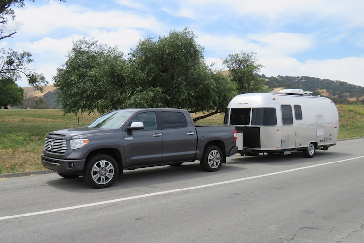 Airstream Sport 22FB And 2017 Toyota Tundra 010