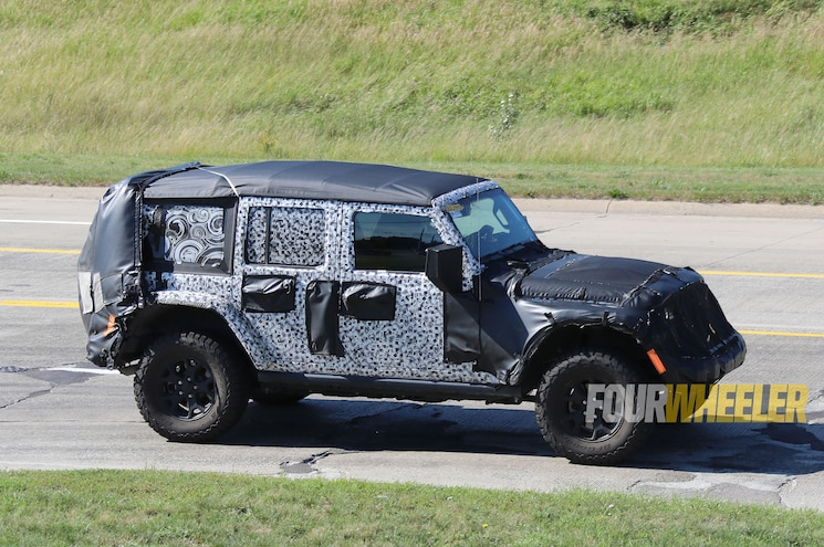 2018 Jeep Wrangler Soft Top Front Side 3