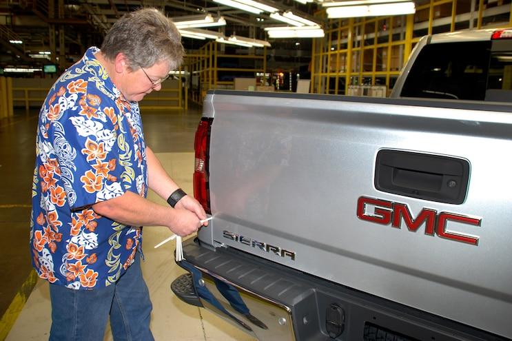 Auto News 8 Lug Work Truck Jd Power Quality Study Gmc Chevy