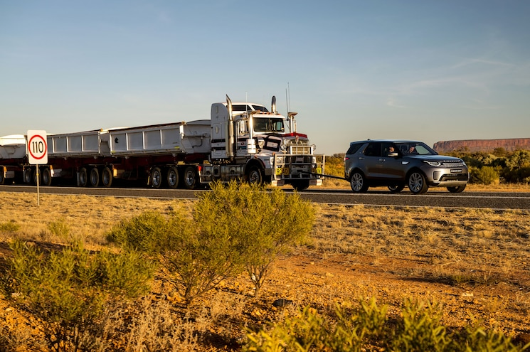 2018 Land Rover Discovery Td6 Road Train Front Quarter In Motion