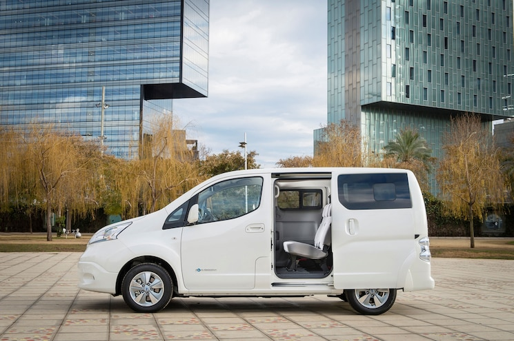 2018 Nissan E Nv200 Van Side Profile Sliding Door Open