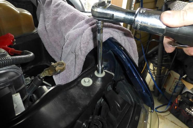 011 Mishimoto Power Stroke Upper Support Bar Installation