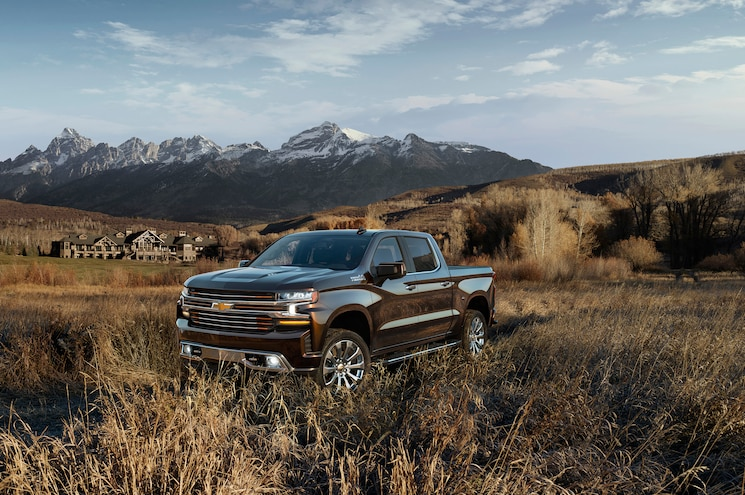 First Look — 2019 Chevrolet Silverado 1500 Revealed in Detroit