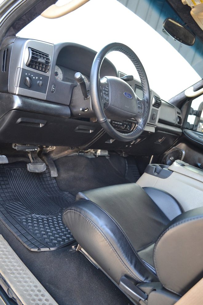 2005 F 250 Stroker Ace Interior