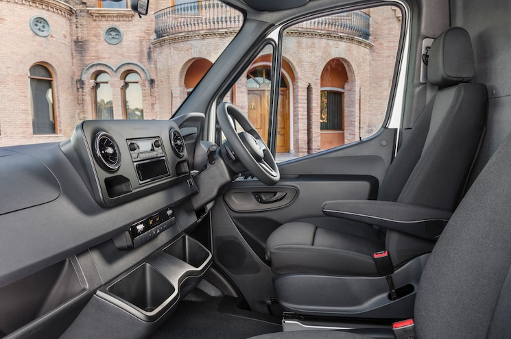 2019 Mercedes Benz Sprinter Interior Cockpit 04 Rhd