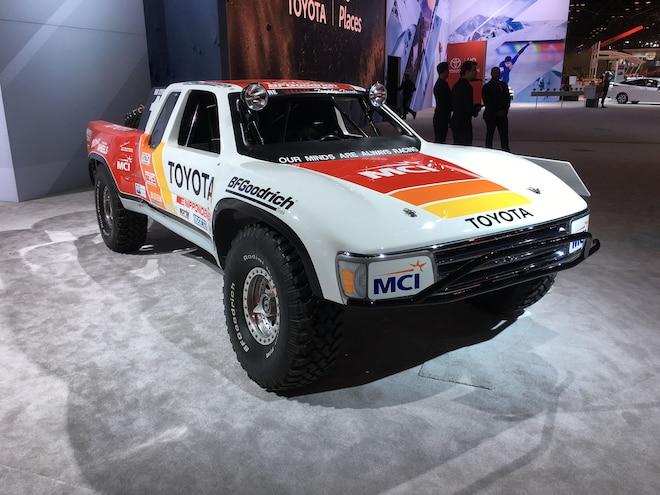 Mega Photo Gallery! 2018 Chicago Auto Show Recap