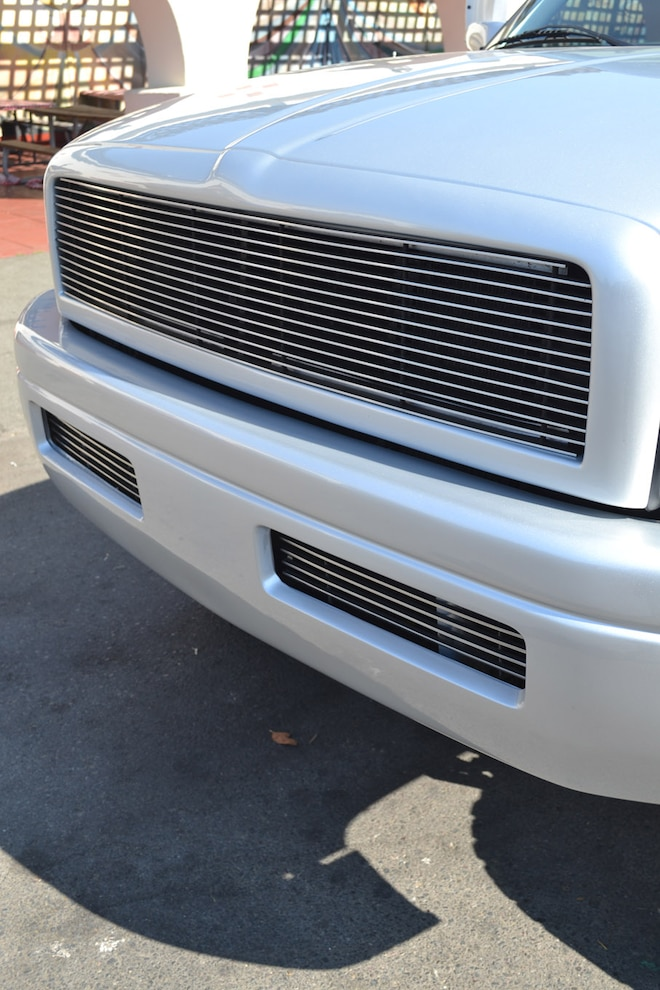 011 600 Hp 1994 Ram  Grille