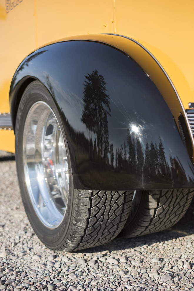 010 1941 Chevrolet Magic Bus Rearfender