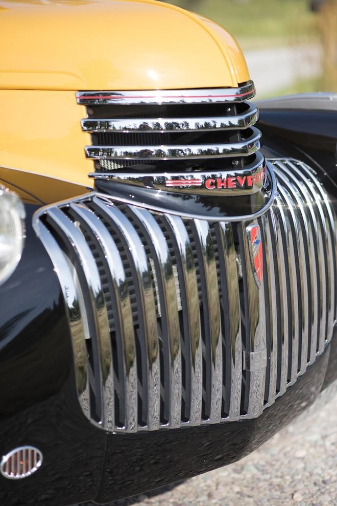 003 1941 Chevrolet Magic Bus Grill