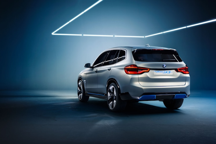 2018 Bmw Concept Ix3 Rear Quarter 02