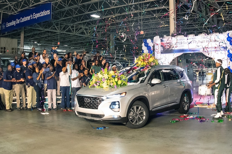 2019 Hyundai Santa Fe Goes into Production at Company's Alabama Facility