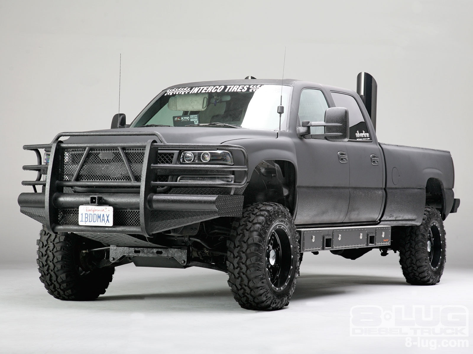 2002 chevy silverado 2500hd crew cab custom diesel truck 8 lug magazine. Black Bedroom Furniture Sets. Home Design Ideas