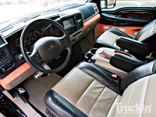 ford Excursion interior