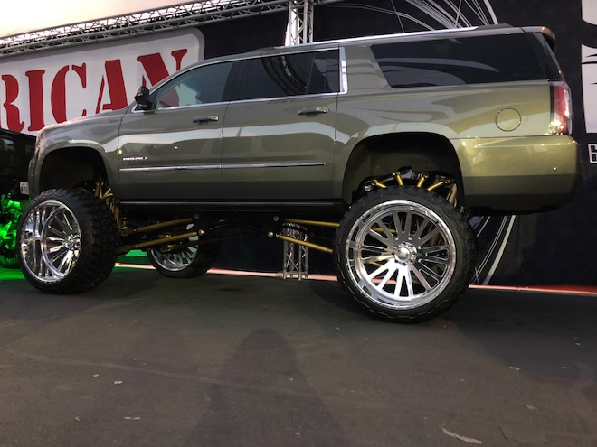 SEMA 2018 30 Inch Wheel AF 42 Inch Fury Tire Gmc Denali Suv