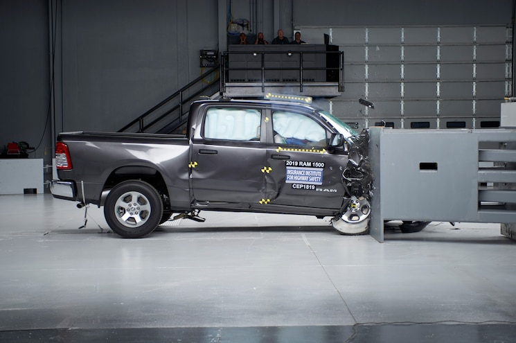 2019 Ram 1500 Iihs Passenger Side Small Overlap In Action
