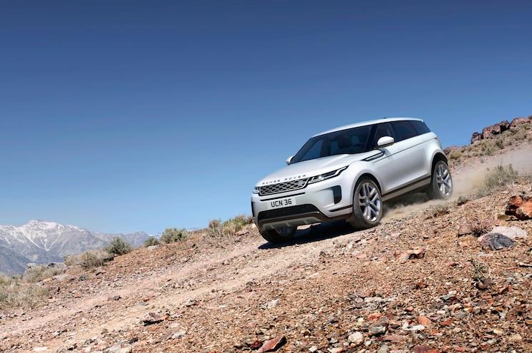 2020 Range Rover Evoque Exterior Off Road Front Quarter 01