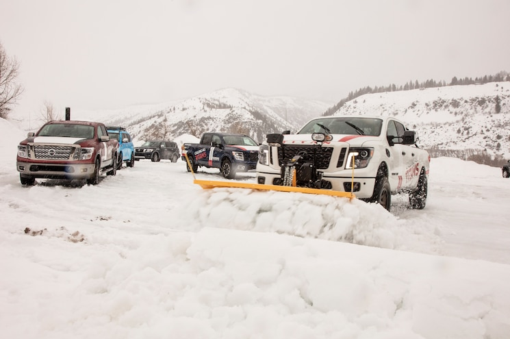 Nissan Titan Adventure Snowplow 2019 Nissan Titan Front Quarter 01