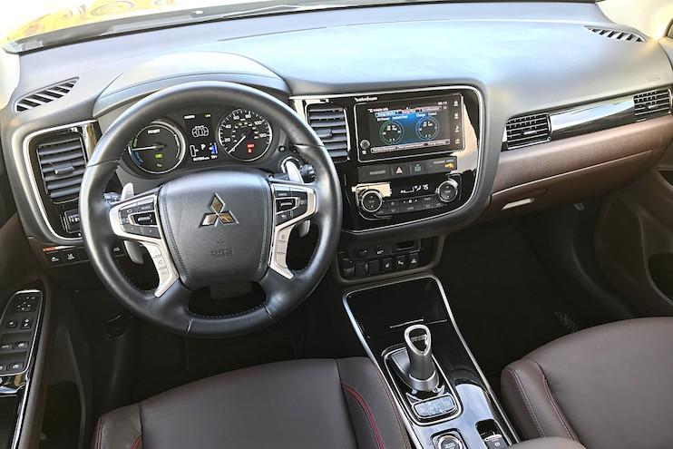 Daily Driven 2018 Mitsubishi Outlander PHEV Interior Dash