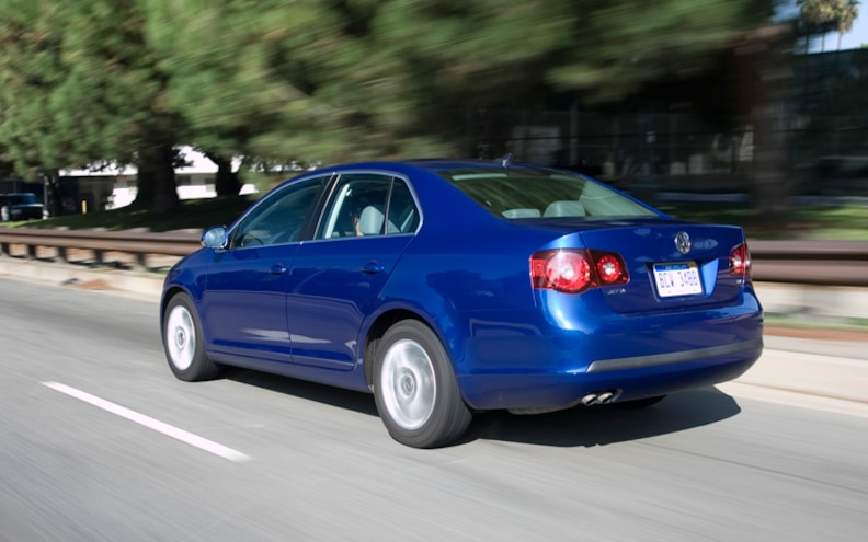 2009 Volkswagen Jetta TDI Rear Three Quarters Driver