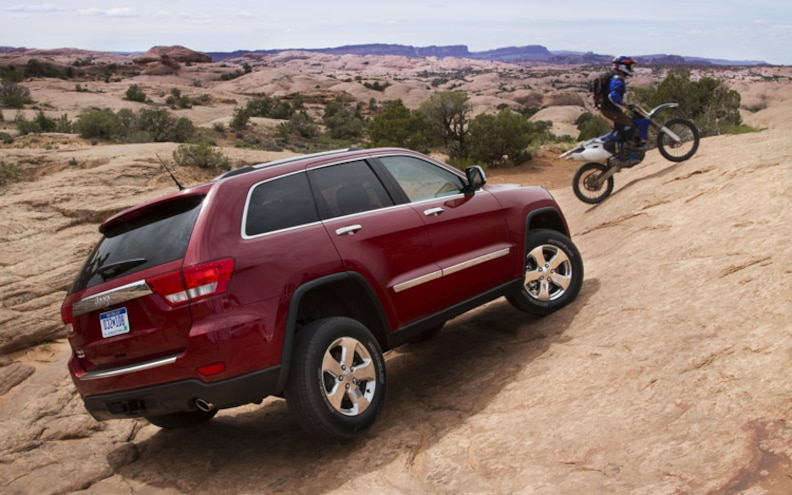 2011 Jeep Grand Cherokee First Drive Truck Trend