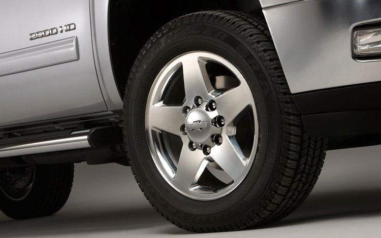 2011 Chevrolet Silverado Heavy Duty Wheel