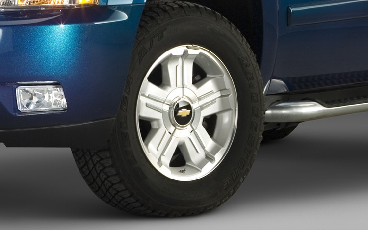2011 Chevrolet Avalanche Wheel