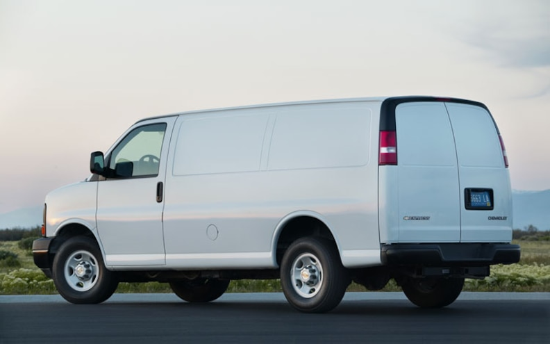 GM to Add CNG and LPG Compatibility for 2011 Chevrolet Express, GMC Savana Full-Size Vans