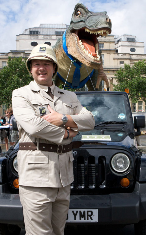 Lloyd Scott Taps Jeep to Shuttle T-Rex from U K 's South to