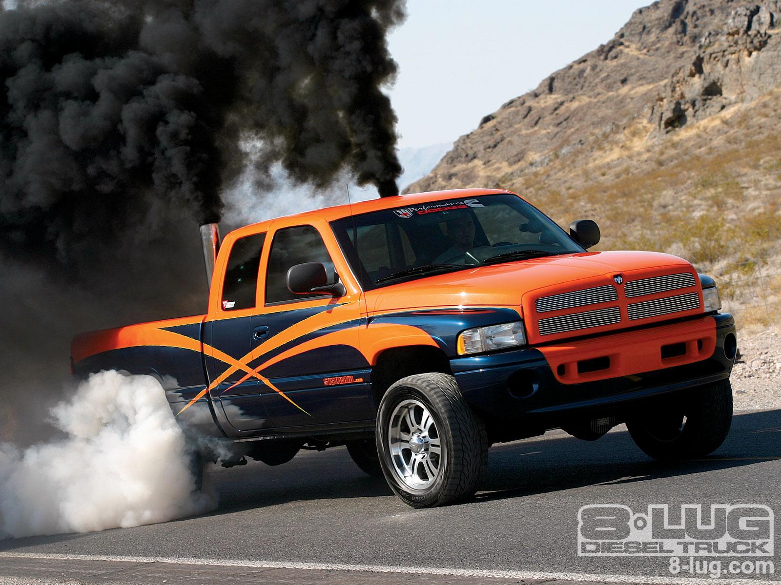 2001 Dodge Ram 2500 Cummins Diesel Engine 8 Lug Magazine