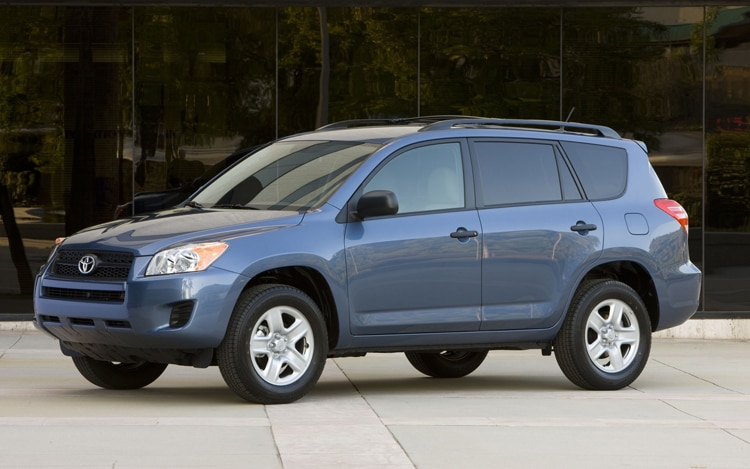 2011 Toyota RAV4 Base Front Three Quarters