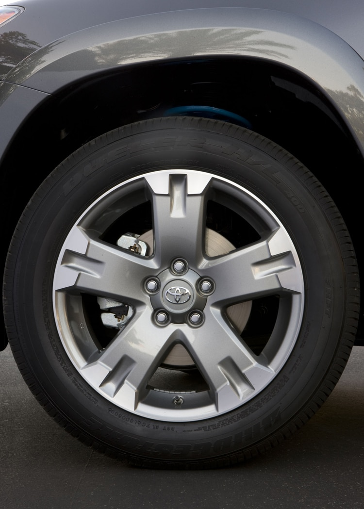 2011 Toyota RAV4 Base Wheel