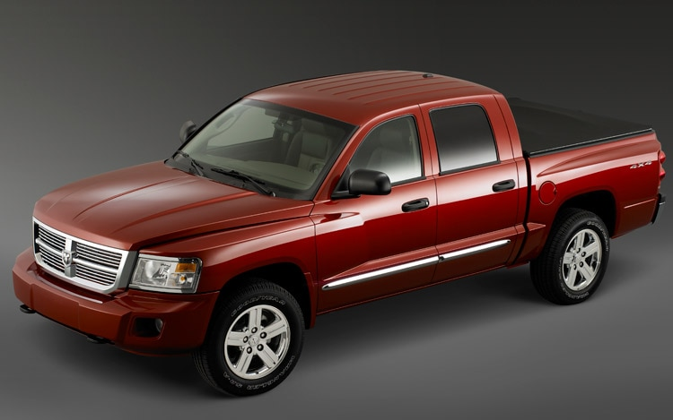 2011 Dodge Dakota 4X4 Front View