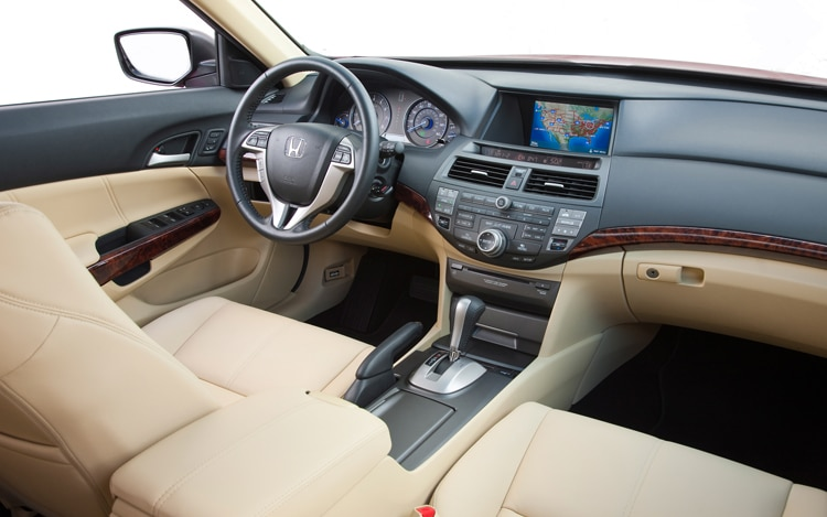 2011 Honda Accord Crosstour Interior Dash View