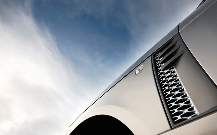 2010 Land Rover Range Rover Supercharged Side Vents