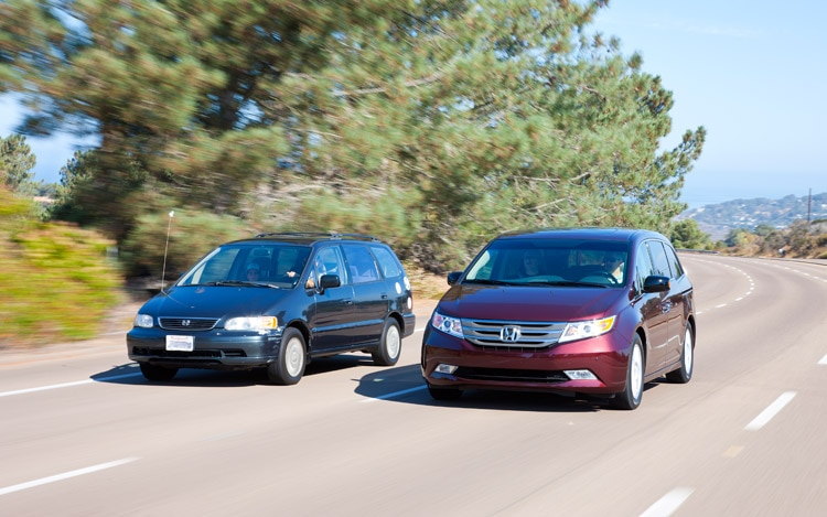2011 Honda Odyssey Front End In Motion